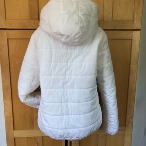 white puffer ski jacket Coat size Large
